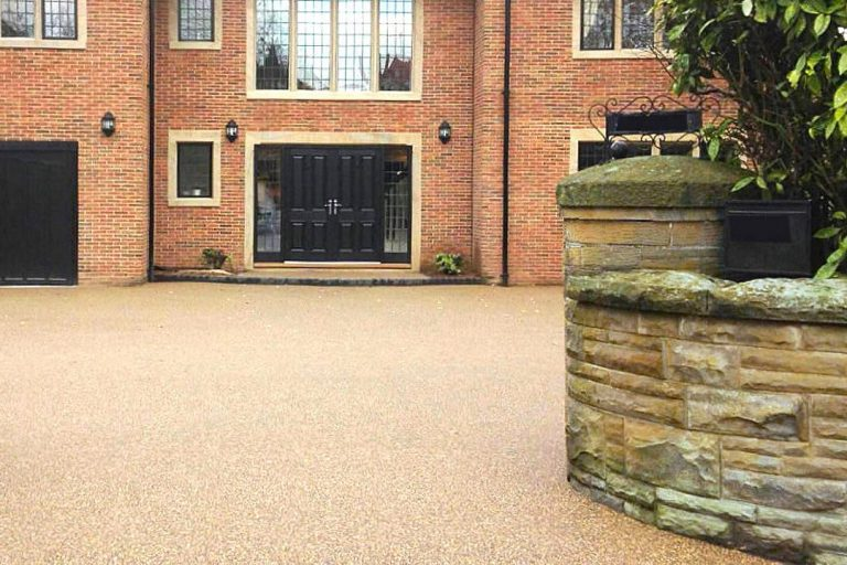 Iver Heath Resin Bound vs Resin Bond Driveways